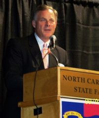 Richard_Burr_Wake_GOP_Event