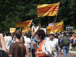 Anticommie_protestors